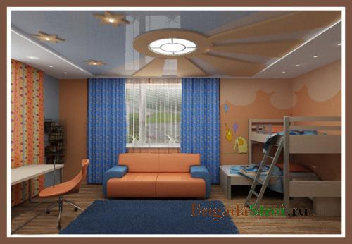 Интерьер гостиной в синем и коричневом цвете