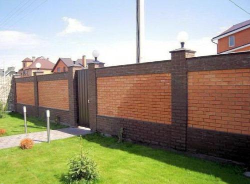 Забор из профнастила штакетник